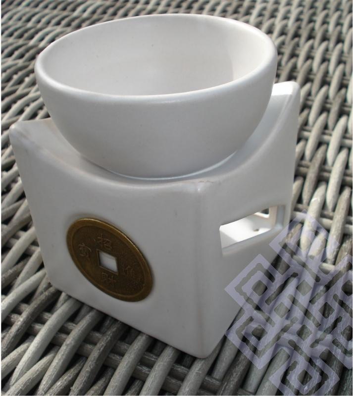 Geuroliebrander Bowl met I-Ching Geluksmunt