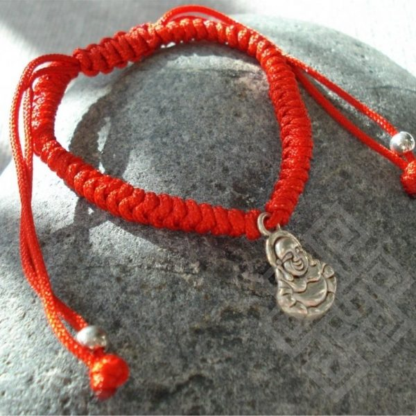 Krachtig armbandje met Boeddha hangertje (Rood)