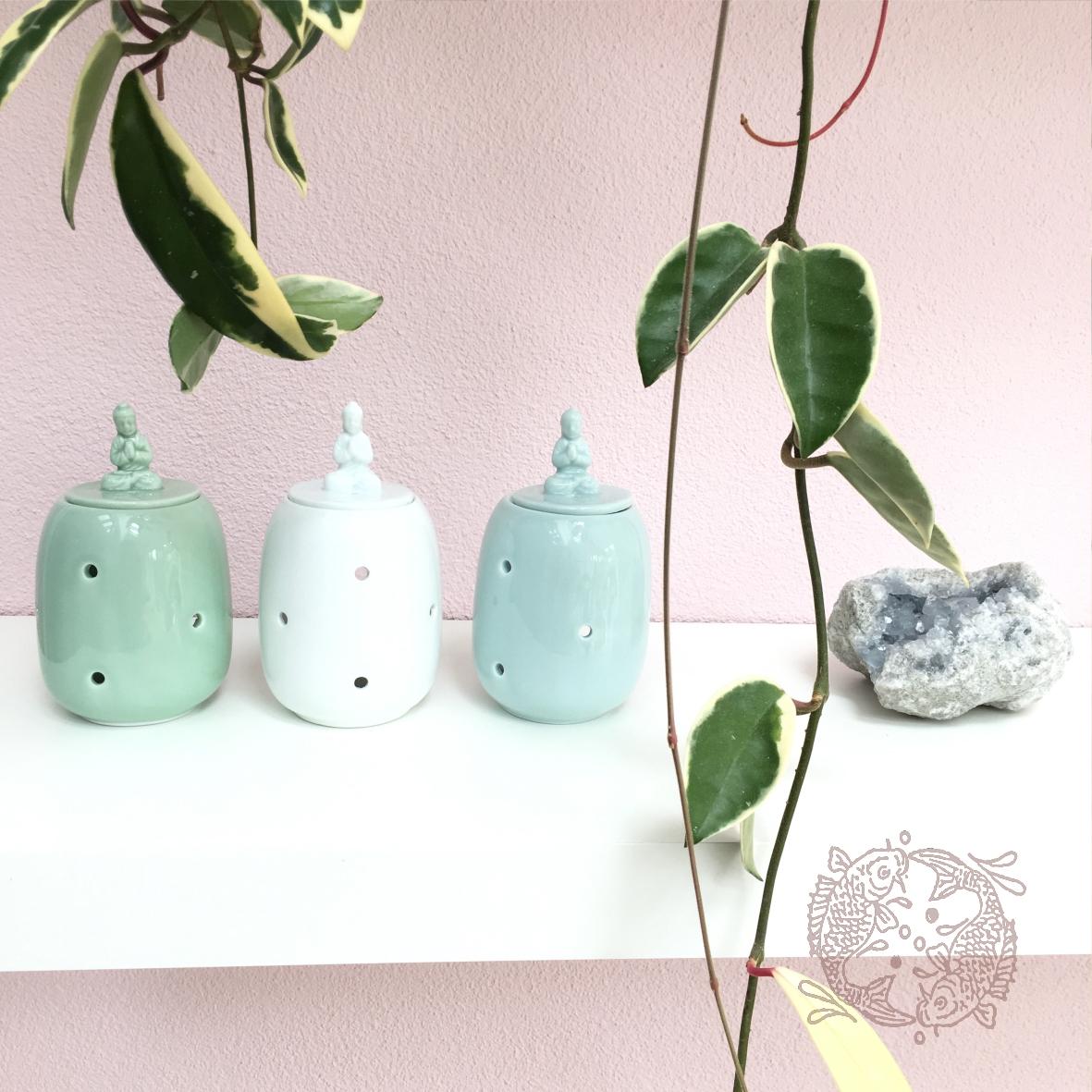 Geur-Olie-Brander-Zacht-Groen-Blauw-Wit-met-Thaise-Boeddha